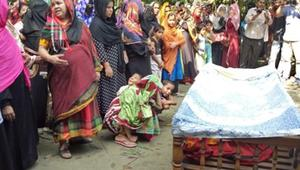 ট্রেন দুর্ঘটনা: বিয়ের অনুষ্ঠান থেকে ফেরা একটি পরিবারের আর্তনাদ