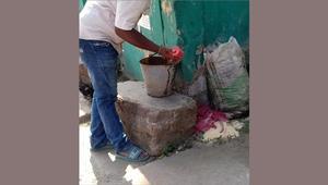 চাঁপাইনবাবগঞ্জে পরিত্যক্ত অবস্থায় ককটেল উদ্ধার