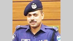 Arrested Teknaf OC Pradip Das is on way to Cox's bazaar