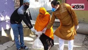 কর্মহীন ৫০০ পরিবারকে খাদ্যসামগ্রী দিলেন যুবলীগ নেতা