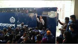 শেখ হাসিনার গাড়িবহরে হামলা: বিএনপি নেতা হাবিবসহ ৫০ আসামির জেল