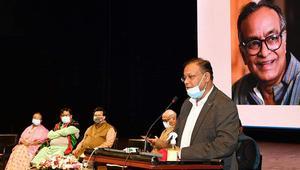 'সংস্কৃতিচর্চা নতুন প্রজন্মকে জঙ্গিবাদ থেকে দূরে রাখবে'