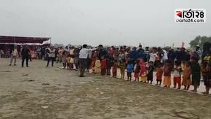 নোয়াখালীর ভাসানচরে রোহিঙ্গাদের পিকনিক
