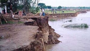 'বর্ষাবন্দনা' ও মালদার নদী ভাঙন
