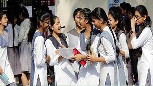 'অটো-প্রমোশন শিক্ষা ব্যবস্থাকে ধংসের মুখে নিয়ে যাবে'