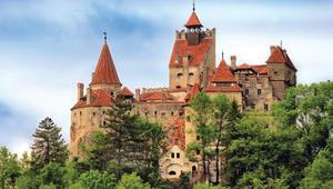 Corona vaccine in Dracula's castle!