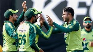 টেস্টের বদলে পাকিস্তান খেলবে টি-টোয়েন্টি