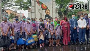 দেশে ফিরলো ভারতে পাচার ৩৭ বাংলাদেশি নারী-শিশু