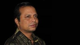লোক সাহিত্য পুরস্কার পাচ্ছেন কবি রহমান হেনরী