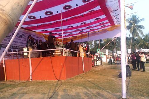 কোটালীপাড়ায় জনস্রোত, মঞ্চে প্রধানমন্ত্রী