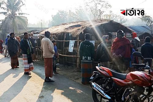 গাংনীতে নৌকার নির্বাচনী ক্যাম্পে অগ্নিসংযোগ
