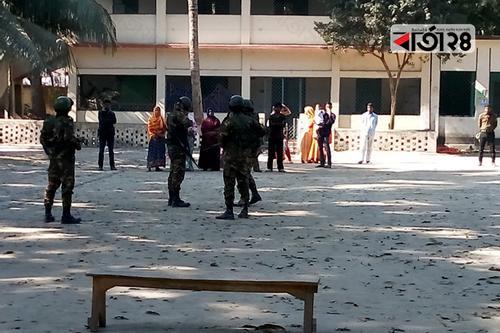 লালমনিরহাট-৩: ২টি কেন্দ্র সাময়িক স্থগিত