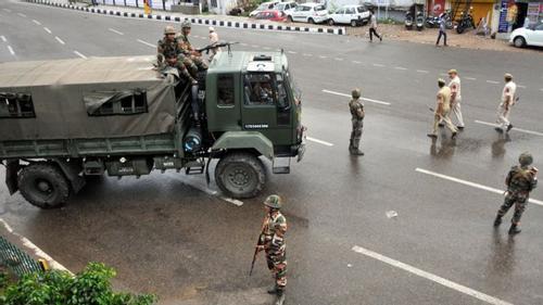 Kashmir in communications blackout