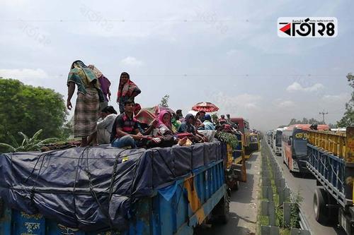 টাঙ্গাইলে ঠাঁয় দাঁড়ানো সেতুমুখী যানবাহন