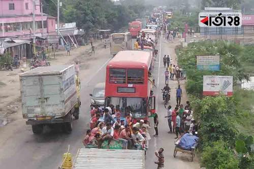 ঢাকা-সিরাজগঞ্জ মহাসড়কে যানবাহন চলছে ধীরগতিতে