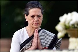 Sonia Gandhi to lead Congress as interim president