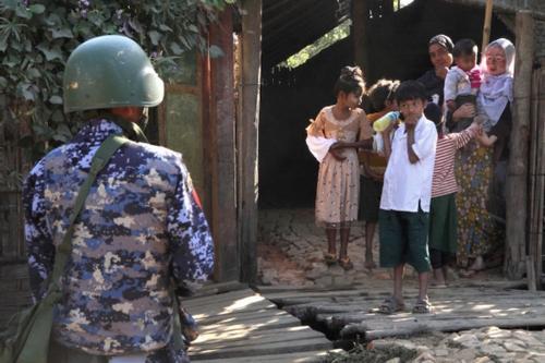 বেসামরিকদের সাজা দিতে মিয়ানমার সেনাদের যৌন সহিংসতা: জাতিসংঘ