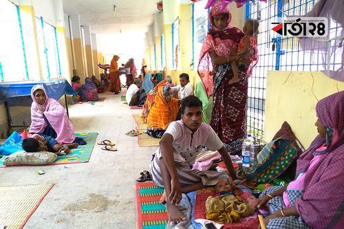চাঁপাইনবাবগঞ্জ সদর হাসপাতালে হঠাৎ বেড়েছে শিশুরোগী
