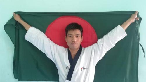 Dipu Chakma wins first gold medal for bangladesh