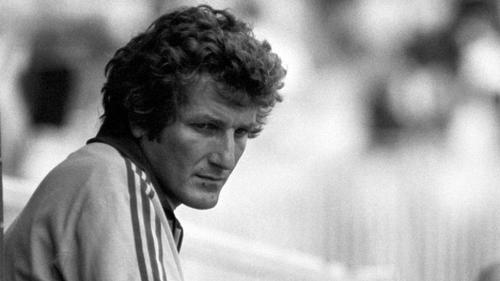English fast bowler Bob Willis died