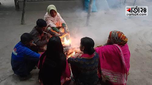 শীতে কাহিল তিস্তা-ধরলার ৬৮ চরের বাসিন্দারা