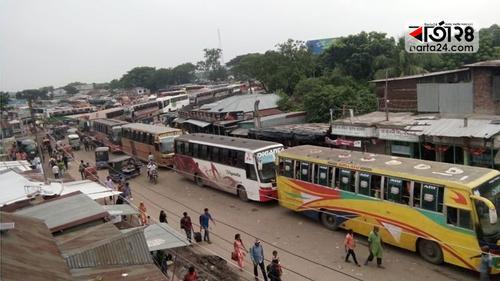 দৌলতদিয়া-পাটুরিয়ায় পারাপারের অপেক্ষায় সহস্রাধিক যানবাহন