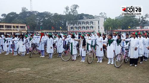ত্রিশালে ৪ শতাধিক ছাত্রীর বাল্যবিয়ে বিরোধী শপথ