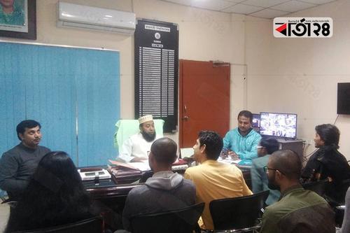 রাকসু নির্বাচন: হলের বাইরে ভোট কেন্দ্রের দাবি