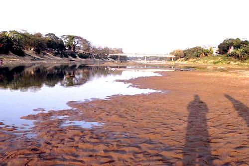 মৌলভীবাজারের নদী, খাল-বিল ও হাওরের বেহাল দশা