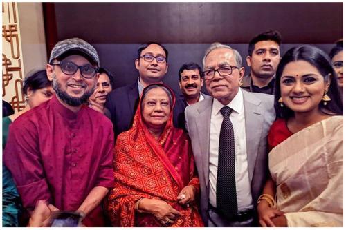 'ফাগুন হাওয়ায়' দেখলেন রাষ্ট্রপতি