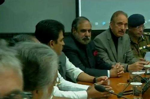 সন্ত্রাসের বিরুদ্ধে একজোট ভারতের সব রাজনৈতিক দল