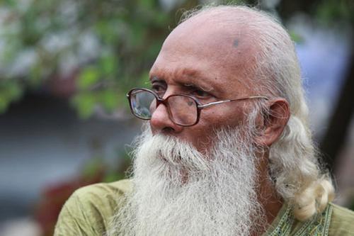 'কবি জসীমউদ্দীন সাহিত্য পুরস্কার পেলেন নির্মলেন্দু গুণ