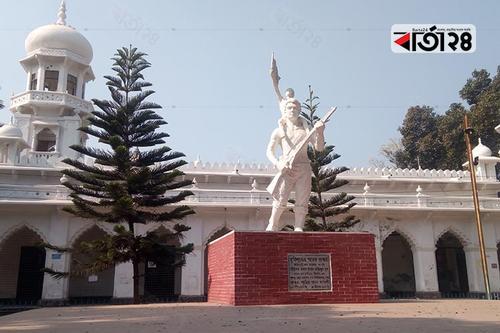 মুক্তিযুদ্ধের ভাস্কর্য-ম্যুরালের নগরী রংপুর