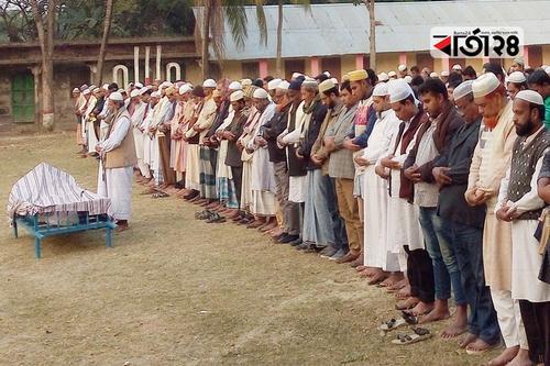 সাংবাদিক মাহমুদ মেনন খানের বাবার দাফন সম্পন্ন
