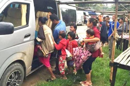 থাইল্যান্ড থেকে শরণার্থী ফিরল মিয়ানমারে