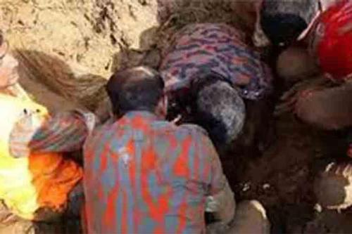 Landslide kills 2 in Rangamati