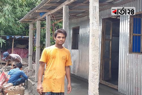প্রধানমন্ত্রীর ঘর উপহার পেলেন হুমায়ুন