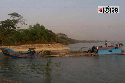 হালদা ও কর্ণফুলীর মোহনা থেকে বালু উত্তোলন, হুমকিতে মা মাছ