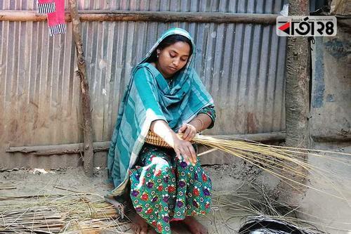 ঝুড়ি তৈরি করে স্বাবলম্বী পাঁচ হাজার নারী