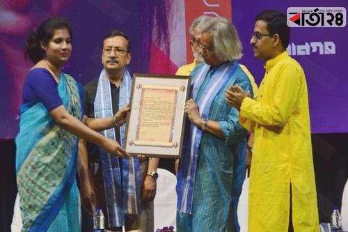 'মল্লিকা সেনগুপ্ত পুরস্কার' পেলেন তানিয়া চক্রবর্তী