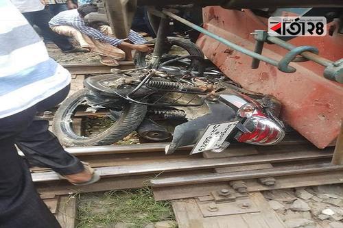 জয়পুরহাটে ট্রেনে কাটা পড়ে মাদরাসার অধ্যাপক নিহত