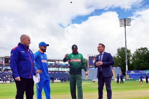 ভারতের বিপক্ষে টস জিতে বোলিংয়ে বাংলাদেশ
