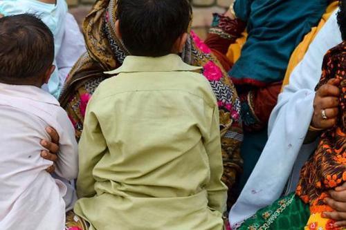 পাকিস্তানে এইচআইভি আক্রান্ত রোগীর সংখ্যা বেড়ে ৭০০