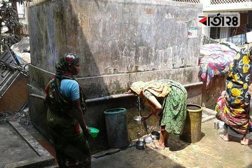 হাজীগঞ্জে ১৫০০ পরিবার পাচ্ছে বিশুদ্ধ পানি