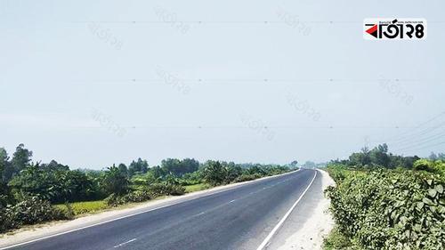 পরিবহন শূন্য ঢাকা-টাঙ্গাইল-বঙ্গবন্ধু সেতু মহাসড়ক