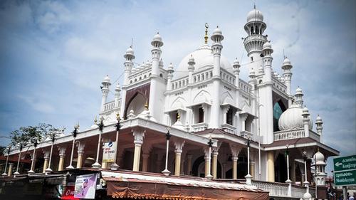 ভাভর মসজিদ, সাম্প্রদায়িক সহাবস্থানের উজ্জ্বল প্রাঙ্গণ