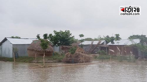 চাঁপাইনবাবগঞ্জে পদ্মা-মহানন্দার পানি বৃদ্ধি অব্যাহত