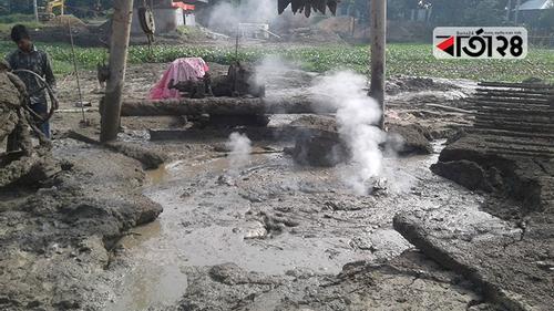 মানিকগঞ্জে ব্রিজের পাইলিং করার সময় গ্যাস লাইনে ছিদ্র