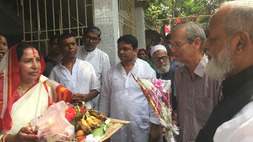 গোপালগঞ্জের বিভিন্ন পূজামণ্ডপ পরিদর্শনে ধর্ম প্রতিমন্ত্রী