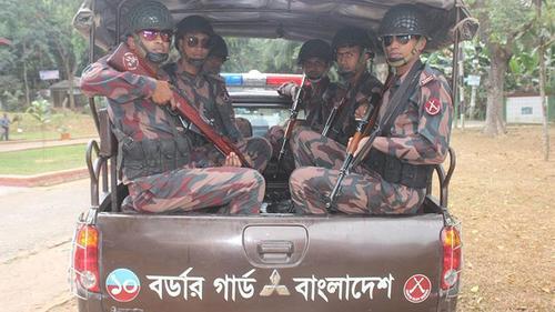4 killed in cop-mob clash in Bhola, BGB deployed